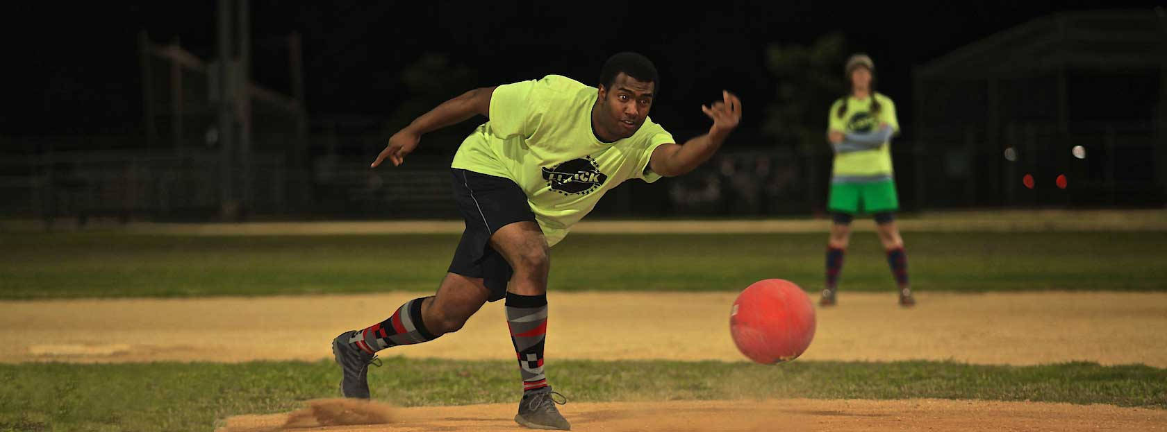 Fall Kickball Glen Cove                     Tuesday & Thursday